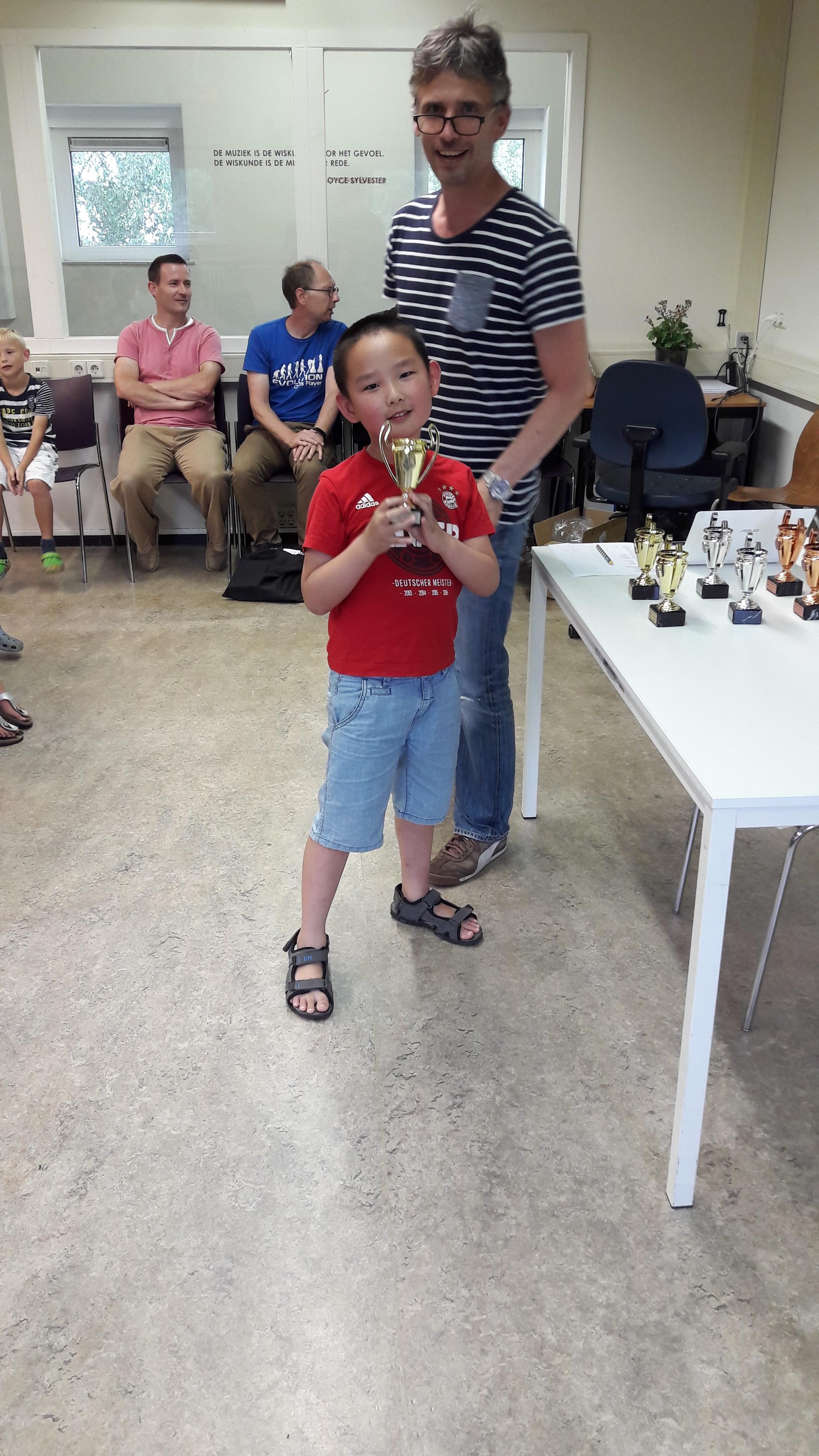 Thomas pakte de eerste prijs in groep C. Dit is all zijn tweede beker.